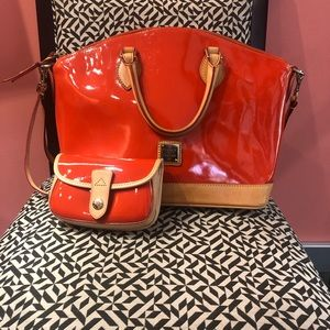 Used dooney and Bourke tote